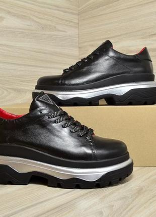 Кожанные кроссовки в стиле gess черный