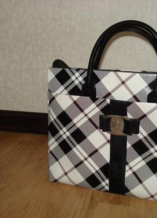 Удобная вместительная сумка. уценка