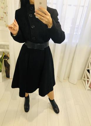 Kaliko черное длинное пальто с пышной юбкой из шерсти и кашемира