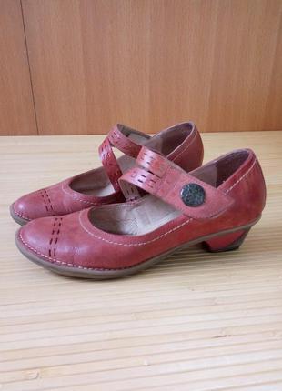 Кожаные туфли лодочки hush puppies