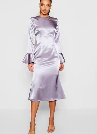 Графитовое атласное платье миди с оборками на рукавах asos