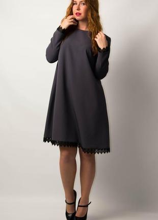 Платье женское свободного силуэта от бренда adele leroy.