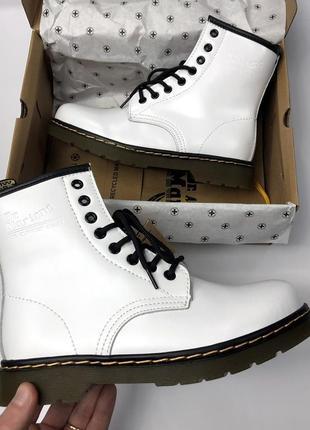 Распродажа, женские белые зимние ботинки с мехом dr martens