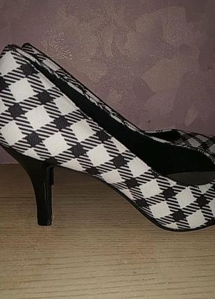Туфли 43 р лодочки текстиль шахматные