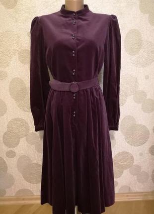 Винтажное  роскошное  бархатное платье ретро цвета бургундия