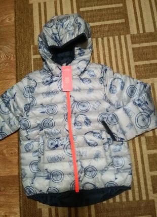 Весенне/осенняя куртка с капюшоном для мальчика