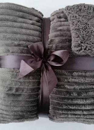 Теплый темно-серый плед в полоску на овчинке, евро размер