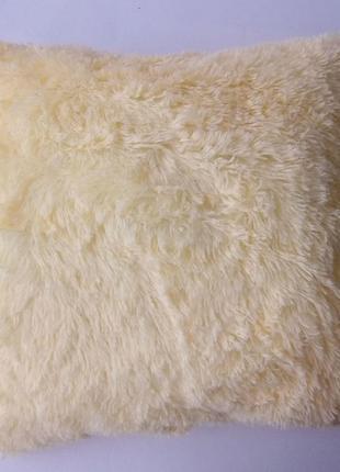 Пушистая персиковая подушка с наволочкой-травкой, 50*50 см