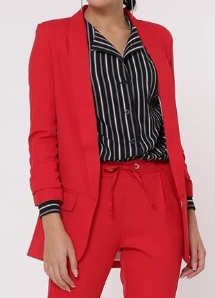 Красный брючный костюм tessdress