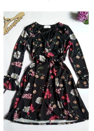 Платье 46  размер нарядное мини коктейльное короткое вечернее