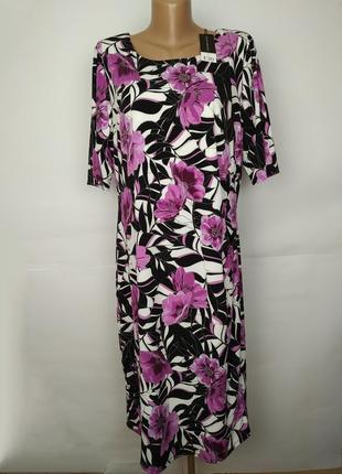 Платье новое эластичное красивой формы в цветы david emanuel u...