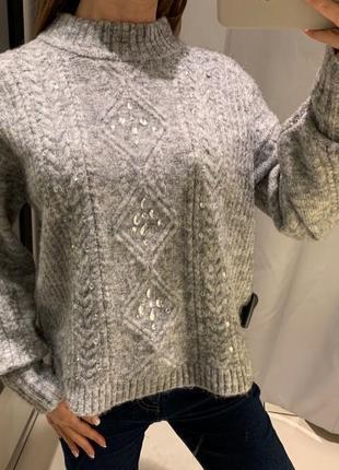 Тёплый свитер со стразами reserved есть размеры