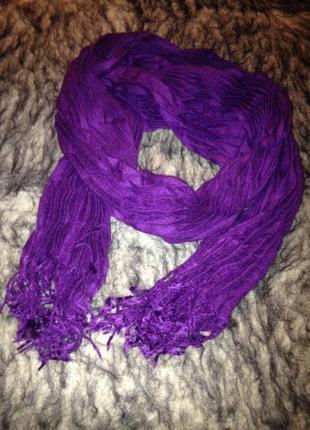 Оригинальный гофрированный шарф.