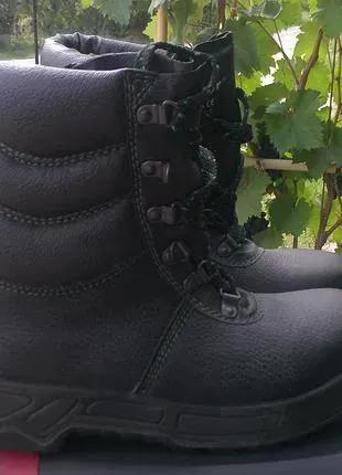 Новая рабочая спецобувь зимние ботинки сапоги с защитой