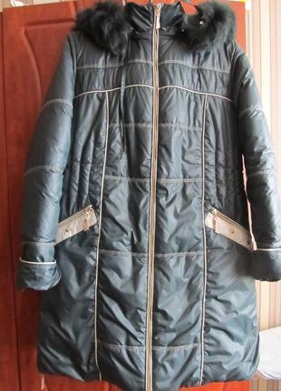 Отличное зимнее пальто бутылочного цвета
