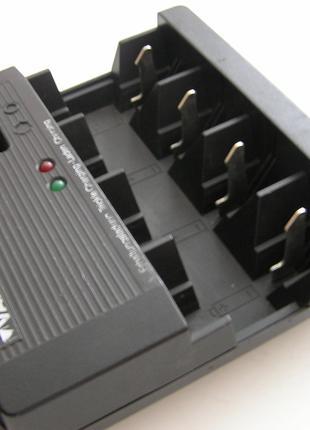 Зарядное устройство VARTA для аккумуляторов и подзарядки батареек