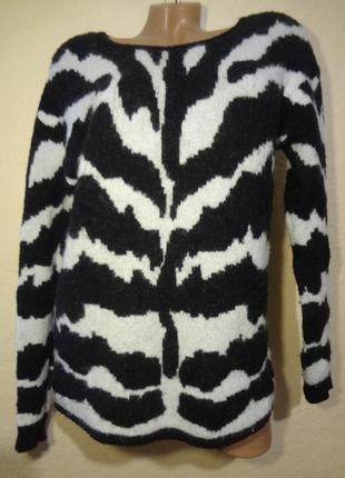 Красивый шерстяной свитер от claudia strater размер s