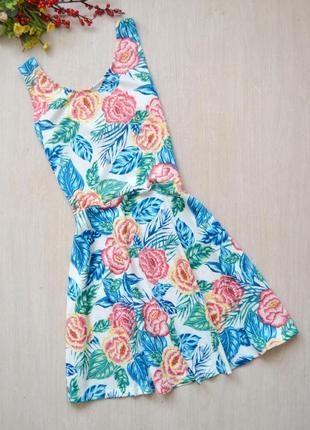 Красивое летнее платье сарафан в цветочек