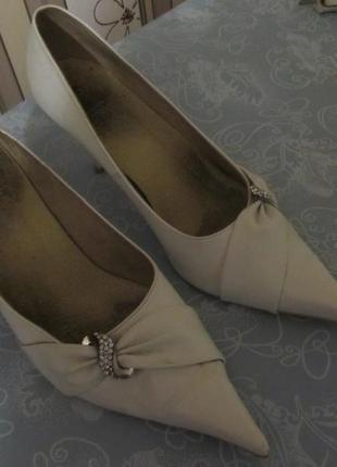Счастливые свадебные туфли. обмен
