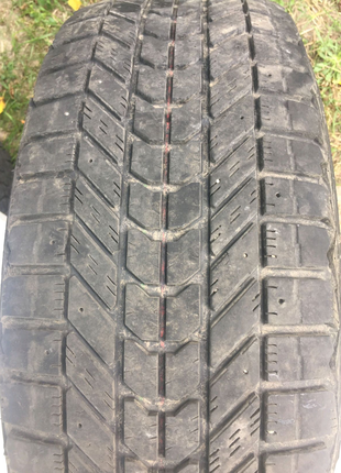 Firestone Winterforce 235/65 R17 зимние шины