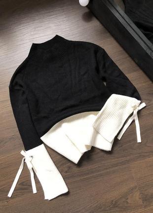 Комбинированный свитер колор блок с завязками на рукавах
