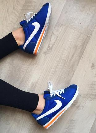 Кроссовки nike cortez синего цвета