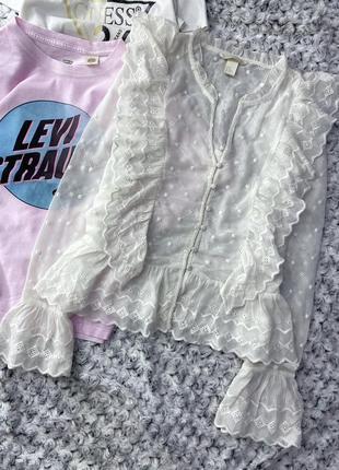 Блузка с оборками, шитьем на пуговичках h&m