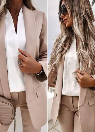 Пиджак с плечиками классика