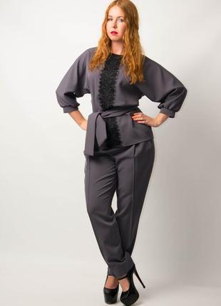 Женский брючный костюм блуза брюки от бренда adele leroy.   1934