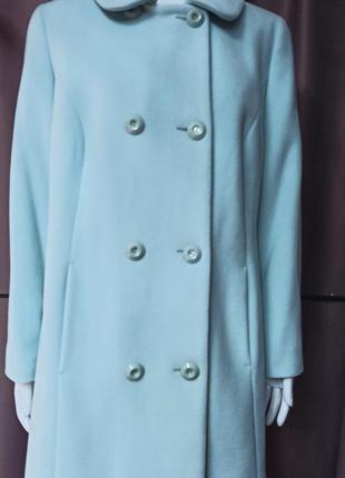 Новое  женское пальто италия