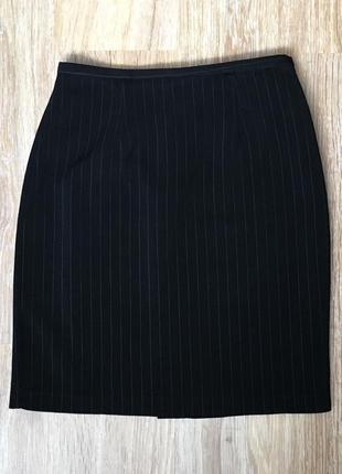 Классическая чёрная юбка в полоску от jessica