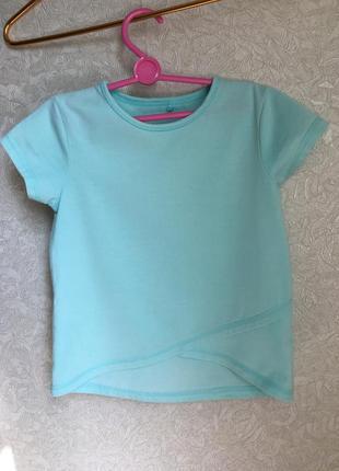 Красивенькая футболка на девочку, 110-116 размер