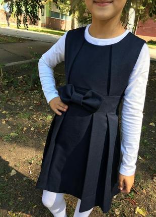 Школьный красивый сарафан на девочку от brilliant, 122 размер.