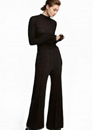 Расклешенные костюмные брюки h&m