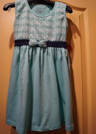 Платье на девочку 9-10 лет,рост 134 -140 см