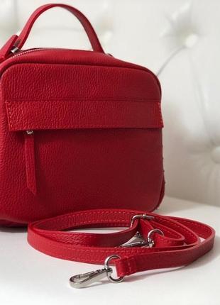 Лёгенькие, вместительные и красивые сумочки из нтуральной кожи.