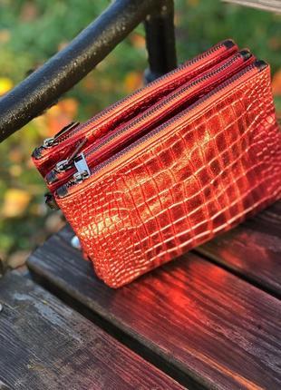Вместительные кожаные сумочки на три отделения