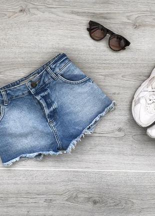 Крутые джинсовые шорты с необработаными краями moto topshop w30