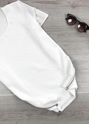 Крутая фактурная футболка с замками молочного цвета 2xl dunnes