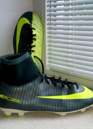 Бутсы с носком шиповки футбольные Nike Mercurial