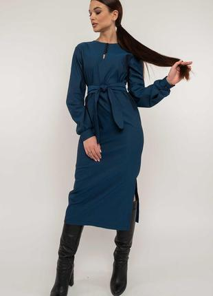 Офисное платье с неглубоким разрезом синее хлопок вискоза new2020