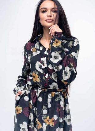 Платье в цветочный принт черное весна 2020