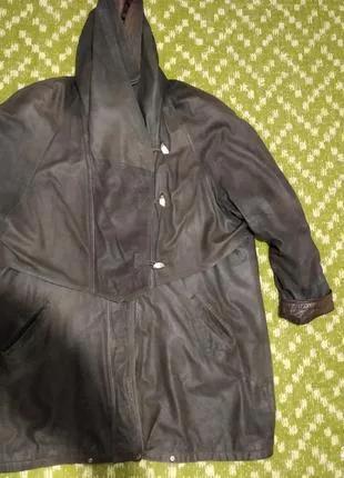 Женская кожаная  лайковая куртка с капюшоном