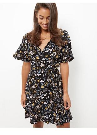 Платье на запах в цветы new look размер xs