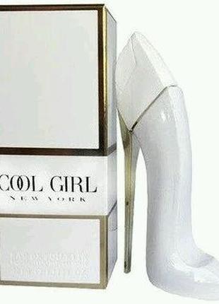 Женская туалетная вода Carolina Herrera Good Girl White 40 мл