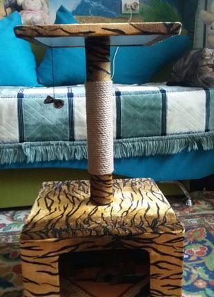 Домик - когтеточка для кошки