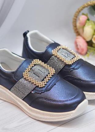Туфли школьные, мокасины, кроссовки девочке