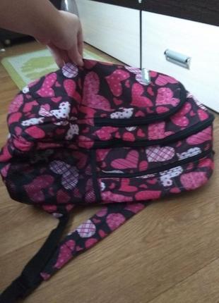 Рюкзак вместительный 3 отделения, карманы