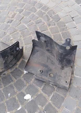 Защита двигателя ремня генератора Opel Astra H Zafira B 13114646