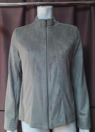Новая женская куртка. германия
